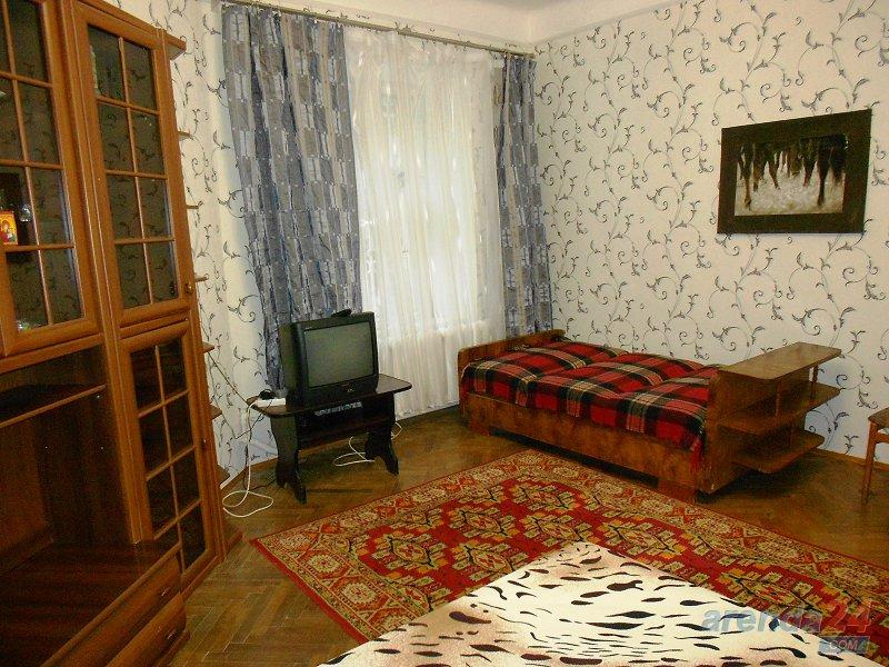 1-комнатная квартира посуточно, Львов, ул. Гоголя, 3-а (3)