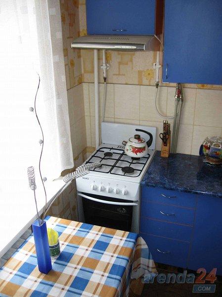 Уютная 2-комнатная квартира в самом центре Херсона (4)