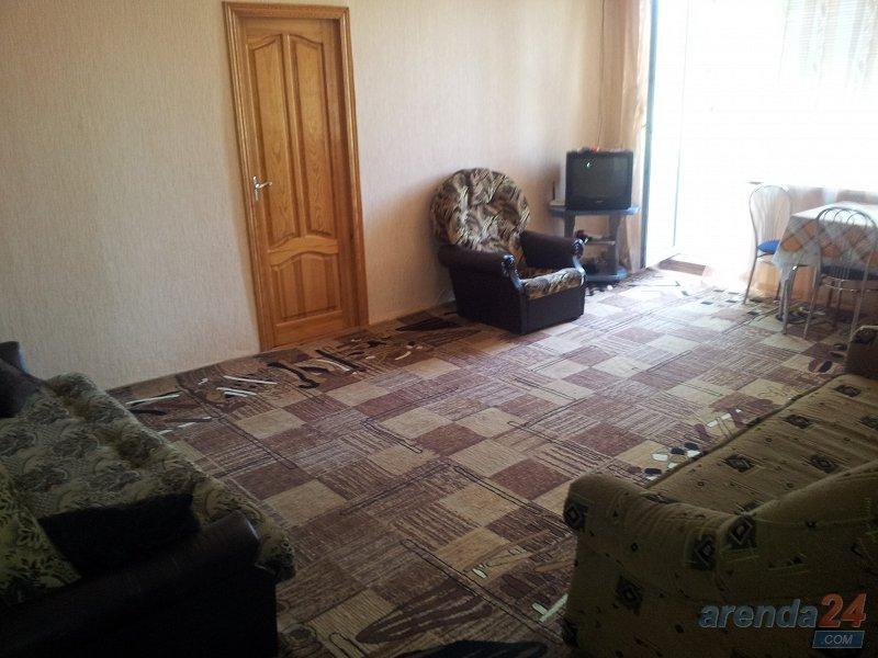 Уютная 2-комнатная квартира в самом центре Херсона (1)