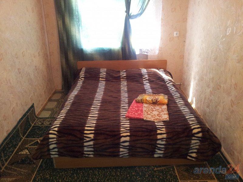 Уютная 2-комнатная квартира в самом центре Херсона (2)