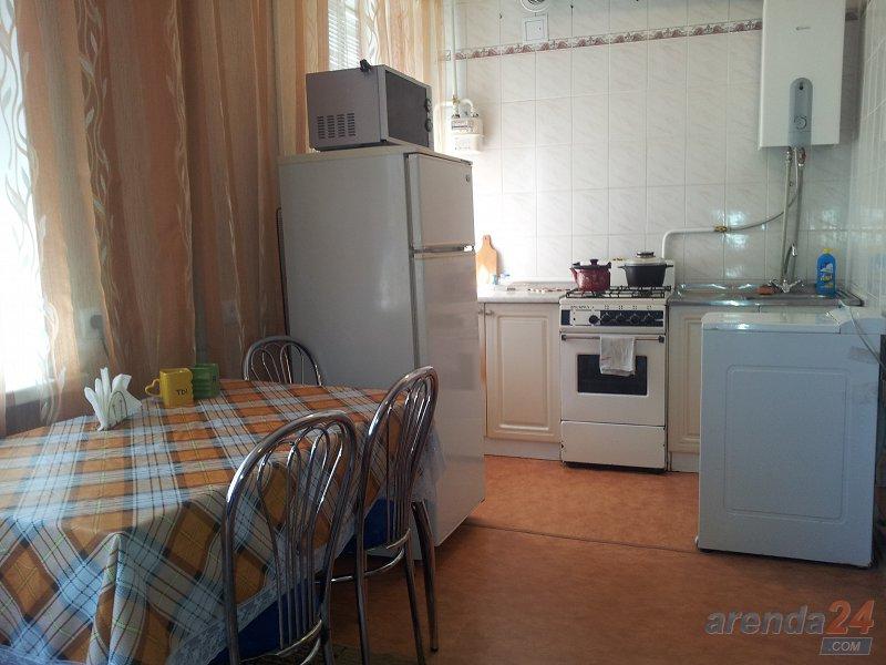 Уютная 2-комнатная квартира в самом центре Херсона (6)