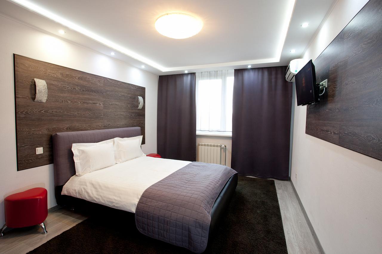 2-кімнатна квартира подобово, Київ, вул. Радунська, 30 (1)