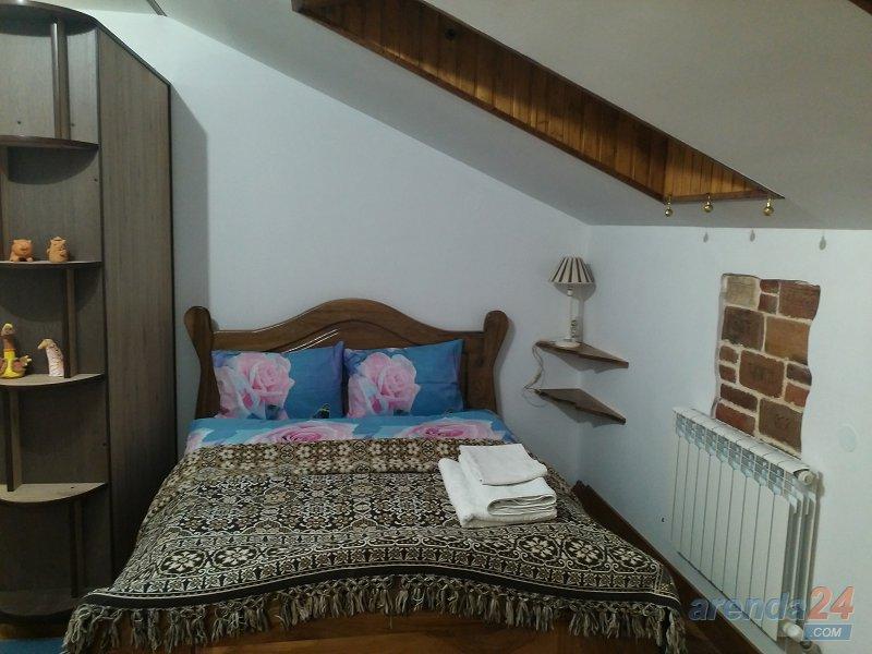 Трускавец. Квартира в стиле Шале синяя (4)