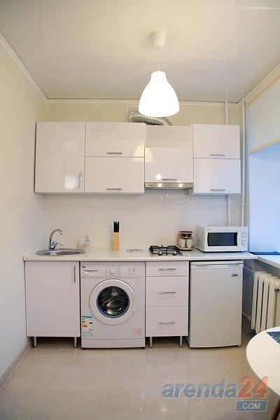 1-кімнатна квартира подобово, Миколаїв, вул. Адміральска, 19 (4)