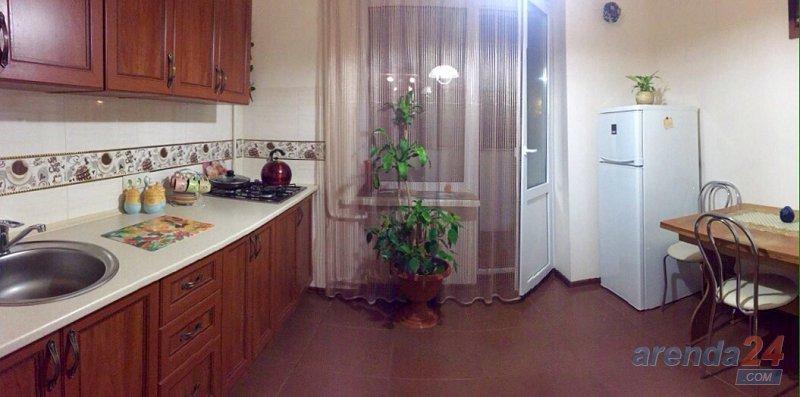 2-комнатная квартира посуточно, Львов, ул. Патона, 11