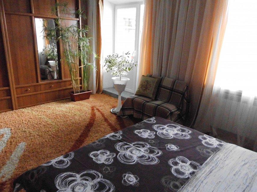 Квартира 80 кв.метров, WI-FI , 2 телевизора. 200 м до санаториев. (3)