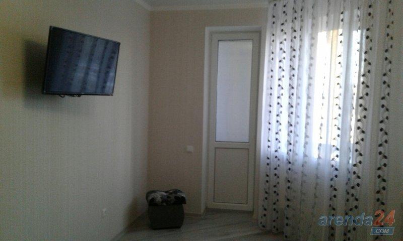 1-комнатная квартира посуточно, Луцк, ул. Огиенка, 2а (4)