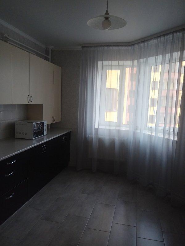 1-комнатная квартира посуточно, Луцк, ул. Огиенка, 2а (3)