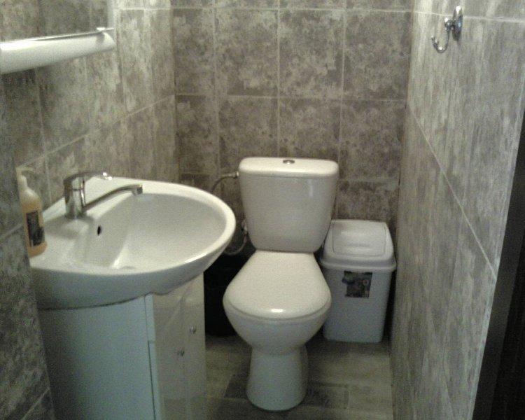2-комнатная квартира посуточно, Мукачево, ул. центр, 9 (8)
