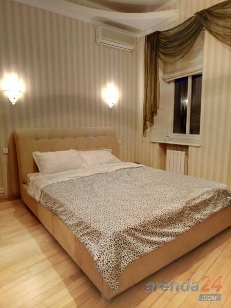3-х комнатная на площади Льва Толстого (9)