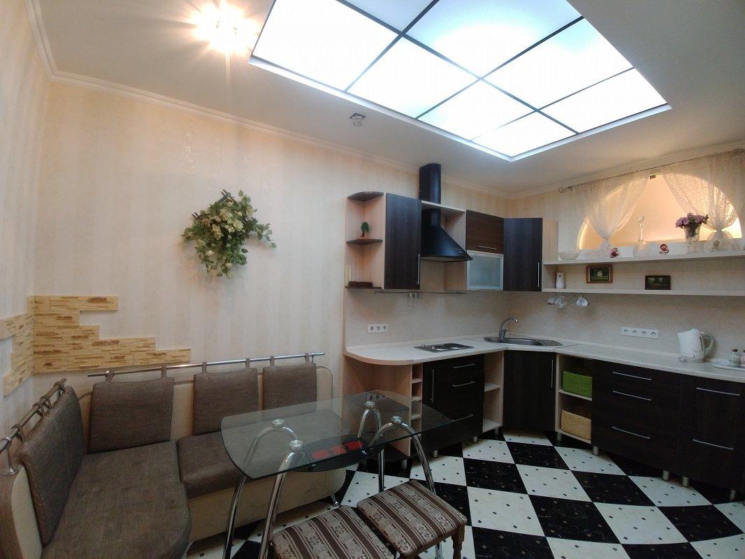2-комнатная квартира посуточно, Одесса, ул. Среднефонтанская, 19в (7)
