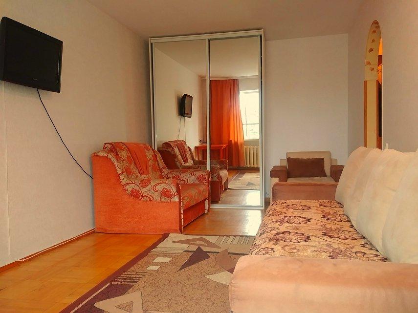 1-кімнатна квартира подобово, Одеса, пров. Свїтлий, 2 (1)