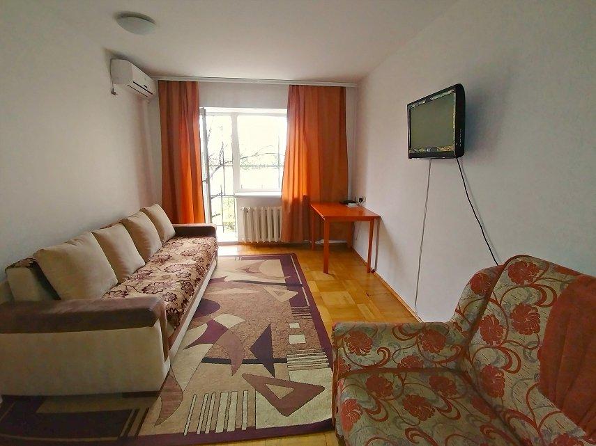 1-кімнатна квартира подобово, Одеса, пров. Свїтлий, 2 (3)