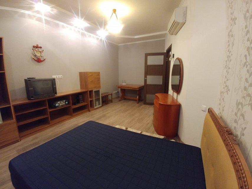 2-комнатная квартира посуточно, Одесса, ул. Среднефонтанская, 19в (3)