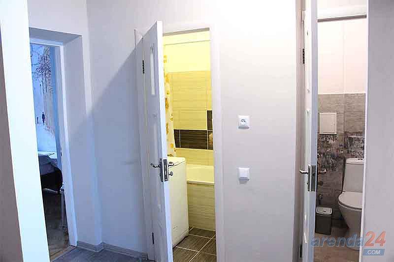 Двухкомнатная уютная квартира в ближнем центре, и не далеко от вокзала. (3)