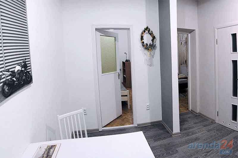 Двухкомнатная уютная квартира в ближнем центре, и не далеко от вокзала. (4)