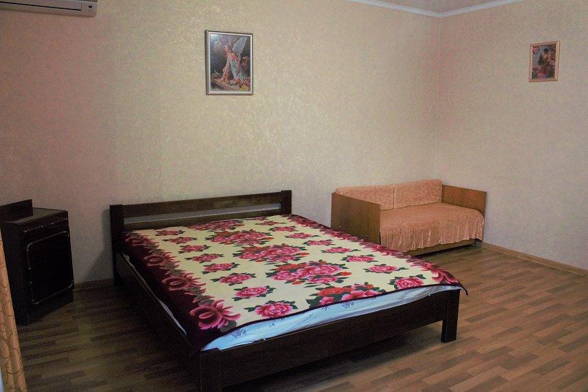 Квартира в микрорайоне Колобова,морской район (1)
