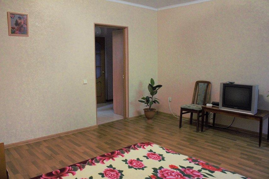 Квартира в микрорайоне Колобова,морской район (2)