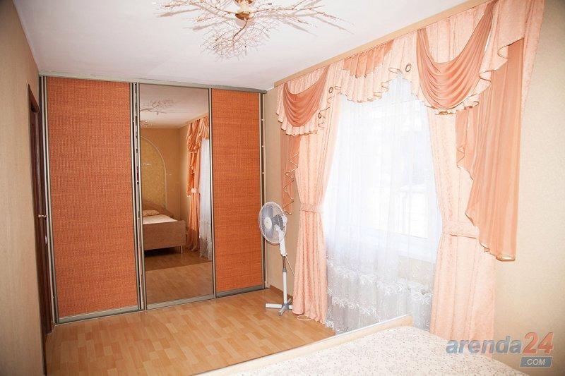 Акция! 2-к квартира в центре Каменец-Подольского (2)