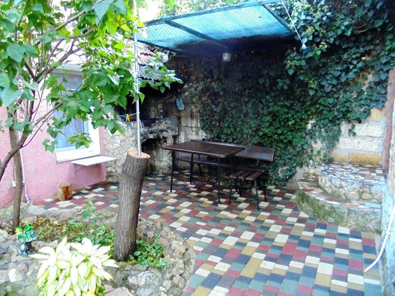 Домик для семейного отдыха на 2-4 человека в Феодосии. (4)