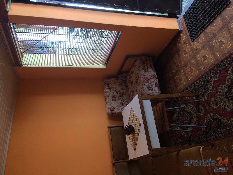2-комнатная квартира посуточно, Алушта, ул. Карла Маркса, 7 (7)