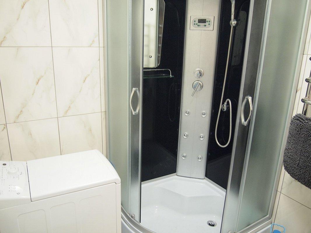 1 комнатная квартира посуточно, Трускавец, ул. Ивасюка, 11 (9)