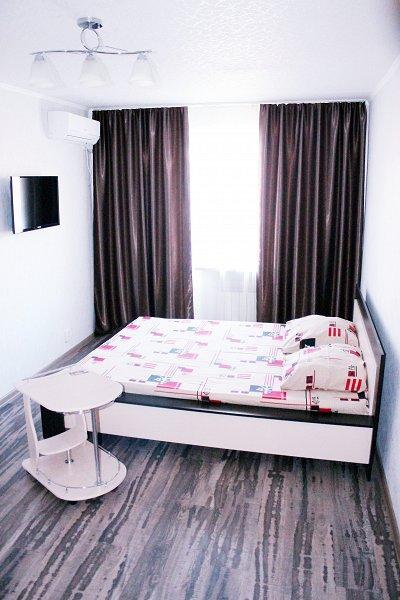 В центре Мариуполя 1к. квартира с ремонтом от владельца. Отчетные документы командировочным.