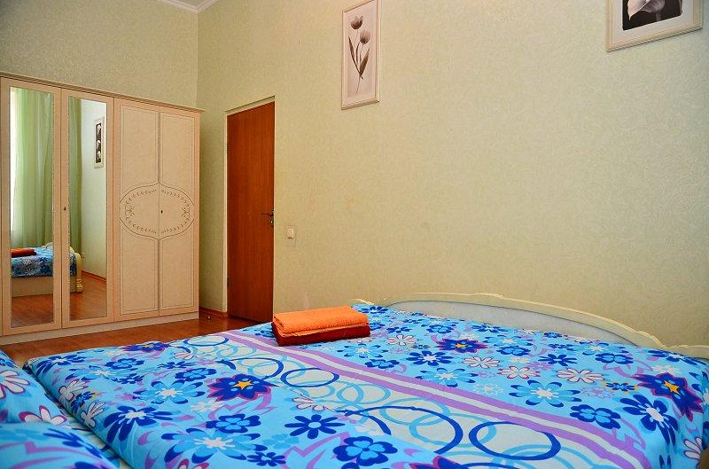Сдам двухкомнатную квартиру с ремонтом в центре Киева (3)