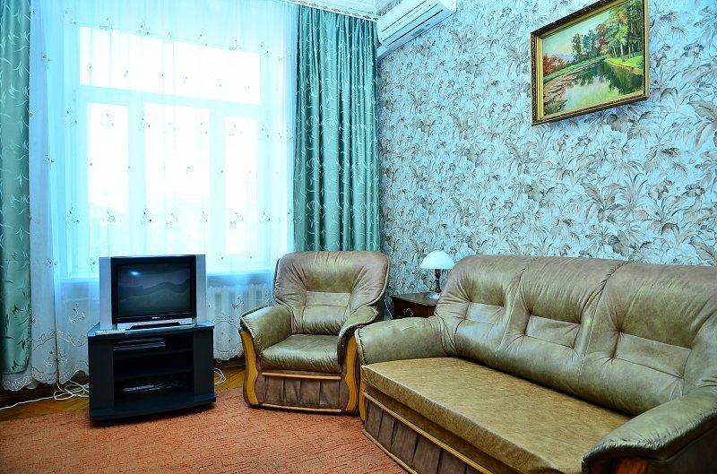 Сдам однокомнатную квартиру с ремонтом в центре Киева