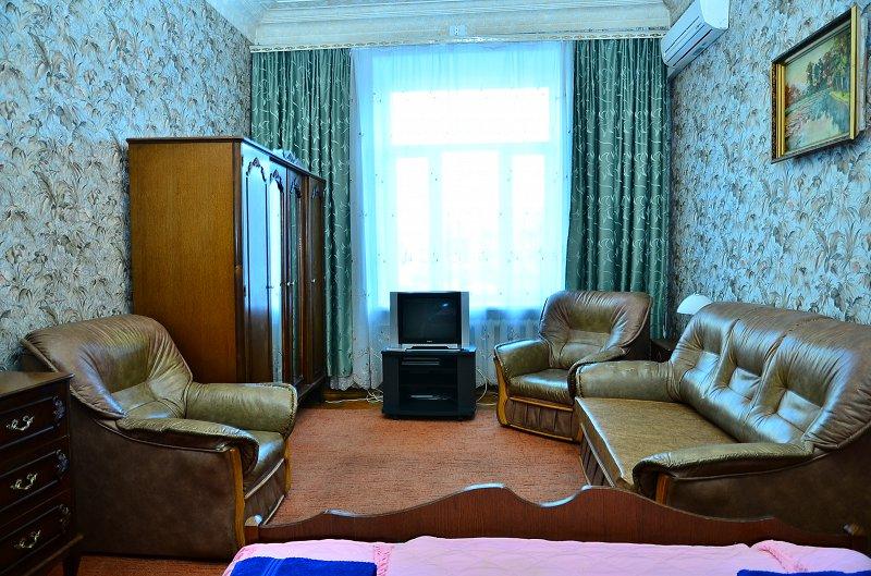 1-комнатная квартира посуточно, Киев, ул. Большая Васильковская, 24 (3)