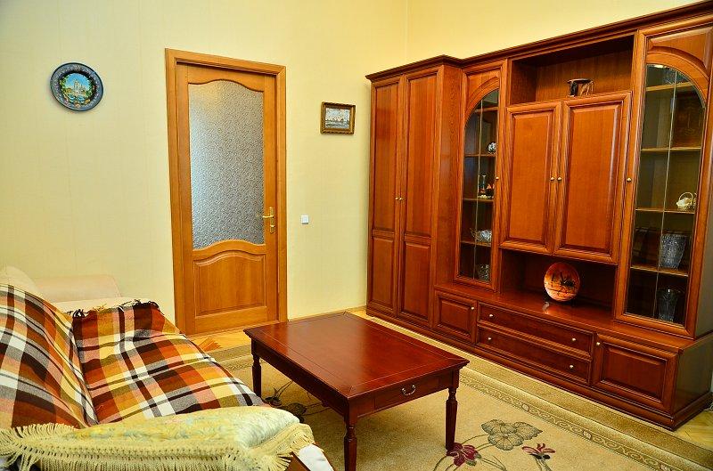 Сдам двухкомнатную квартиру с ремонтом в центре Киева (5)