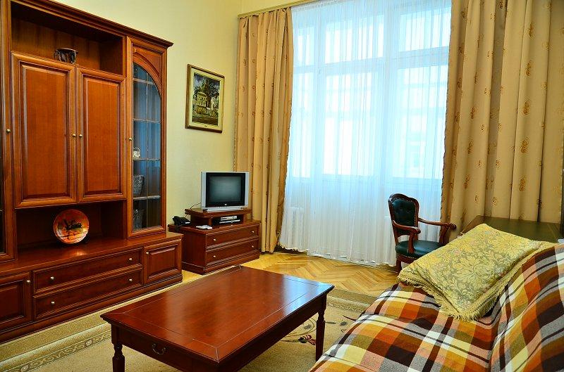 Сдам двухкомнатную квартиру с ремонтом в центре Киева (6)