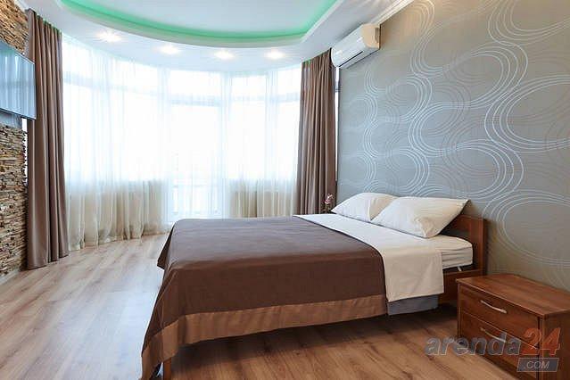 1-комнатная квартира посуточно, Киев, ул. Черновола, 27 (2)