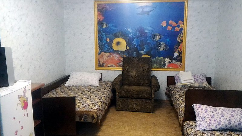 Комнаты посуточно в центре Бердянска, недорого