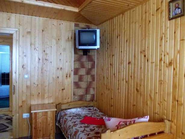 Затишний відпочинок в Карпатах в Яремче (8)