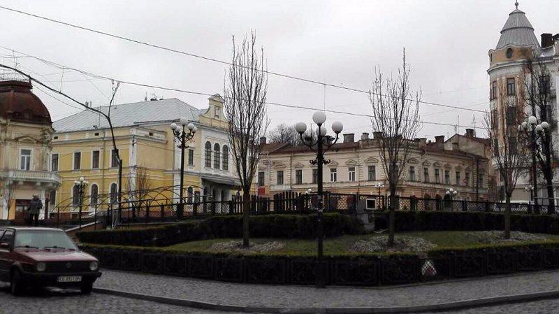 1-кімнатна квартира подобово, Чернівці, вул. Толстого, 4