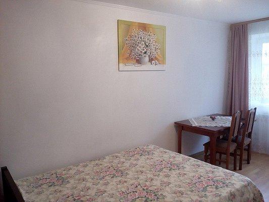 2-комнатная квартира посуточно, Моршин, ул. 50-летия УПА, 4
