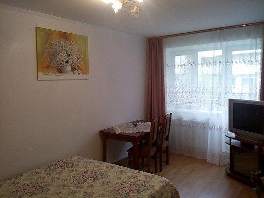 2-комнатная квартира посуточно, Моршин, ул. 50-летия УПА, 4 (1)