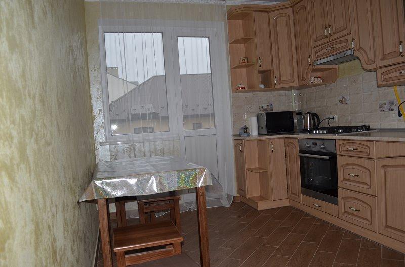 2-комнатная квартира посуточно, Моршин, ул. Привокзальная, 61а (3)