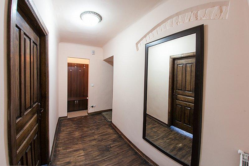 Квартира в самом центре города Львов за доступной ценой с новым евроремонтом и просторной кухней на ул. Армянская 12/5 (5)