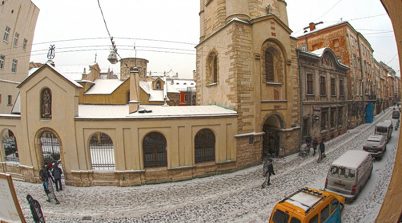 Квартира в самом центре города Львов за доступной ценой с новым евроремонтом и просторной кухней на ул. Армянская 12/5 (10)
