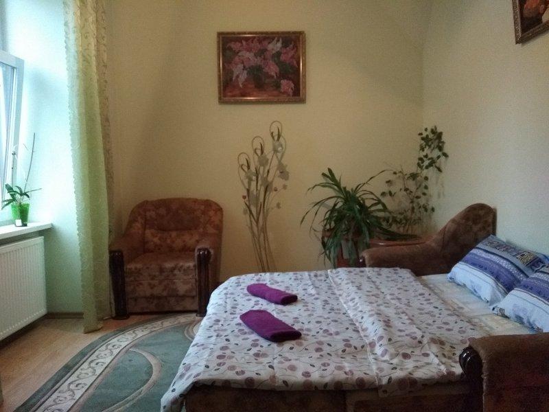 Романтична квартира у Вірменському дворику