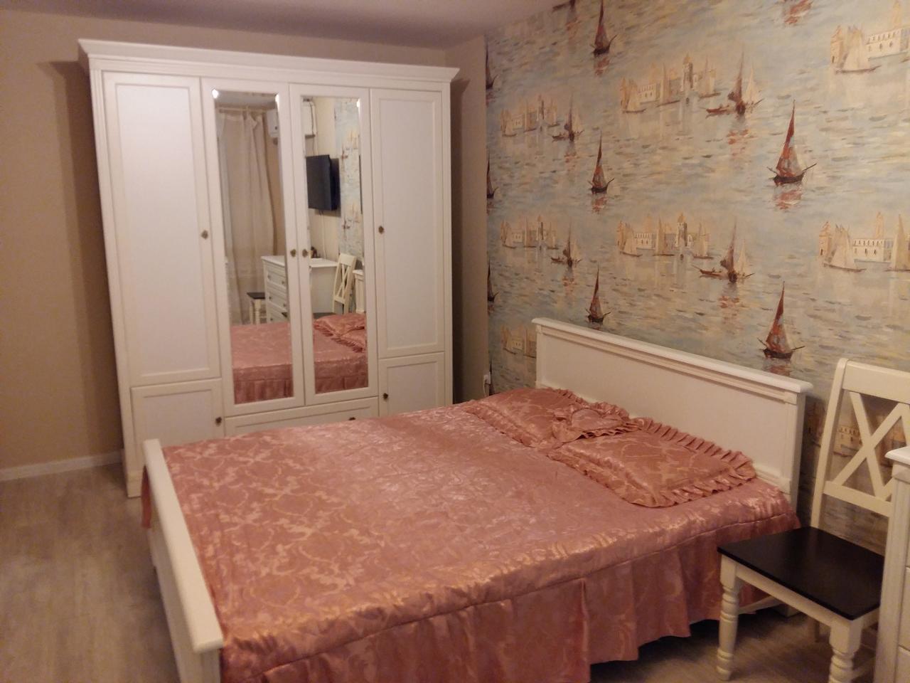 Сдам однокомнатную квартиру первая линия от моря. (1)