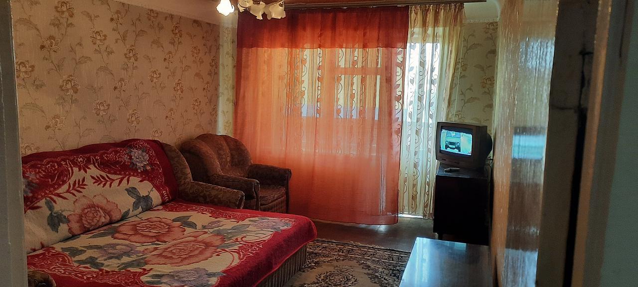 2-комнатная квартира посуточно, Киев, ул. Липховского, 23