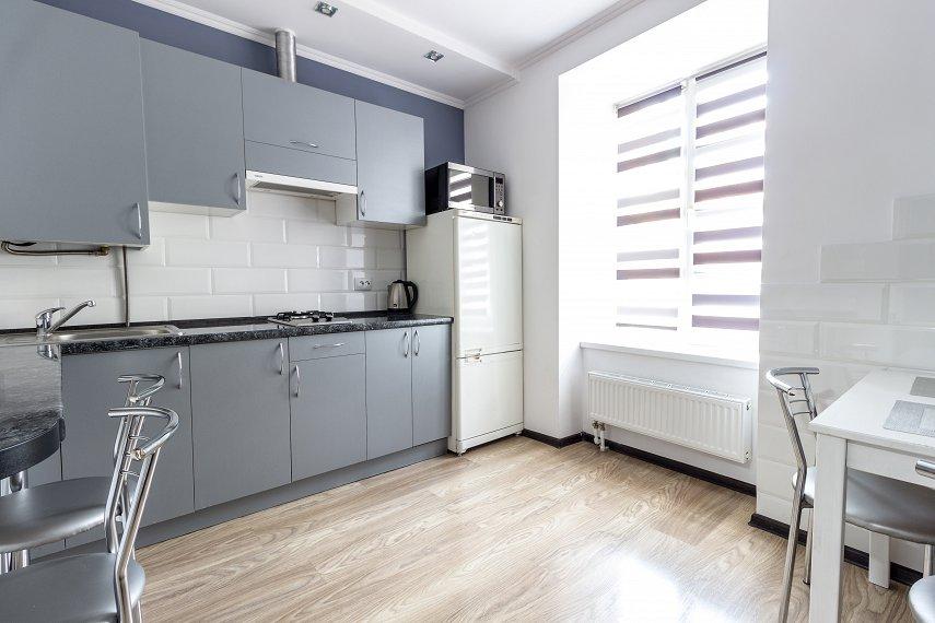 Центр Львова затишна 2 кімнатна квартира