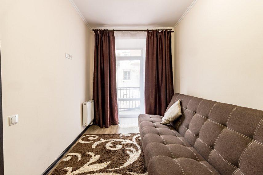 Центр Львова затишна 2 кімнатна квартира (1)