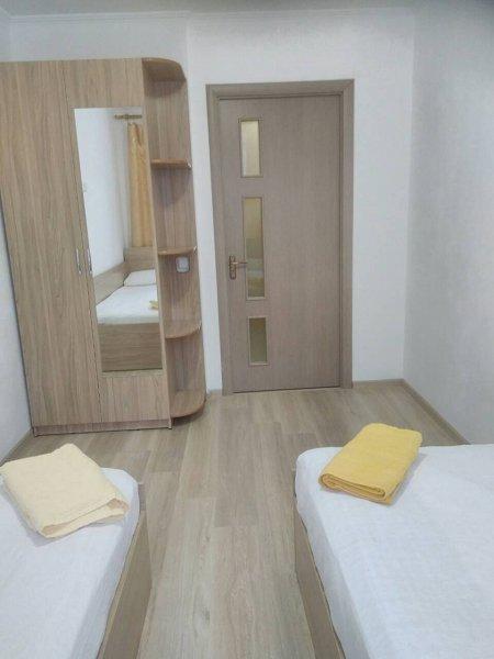 3-комнатная квартира посуточно, Моршин, ул. УПА, 4 (1)