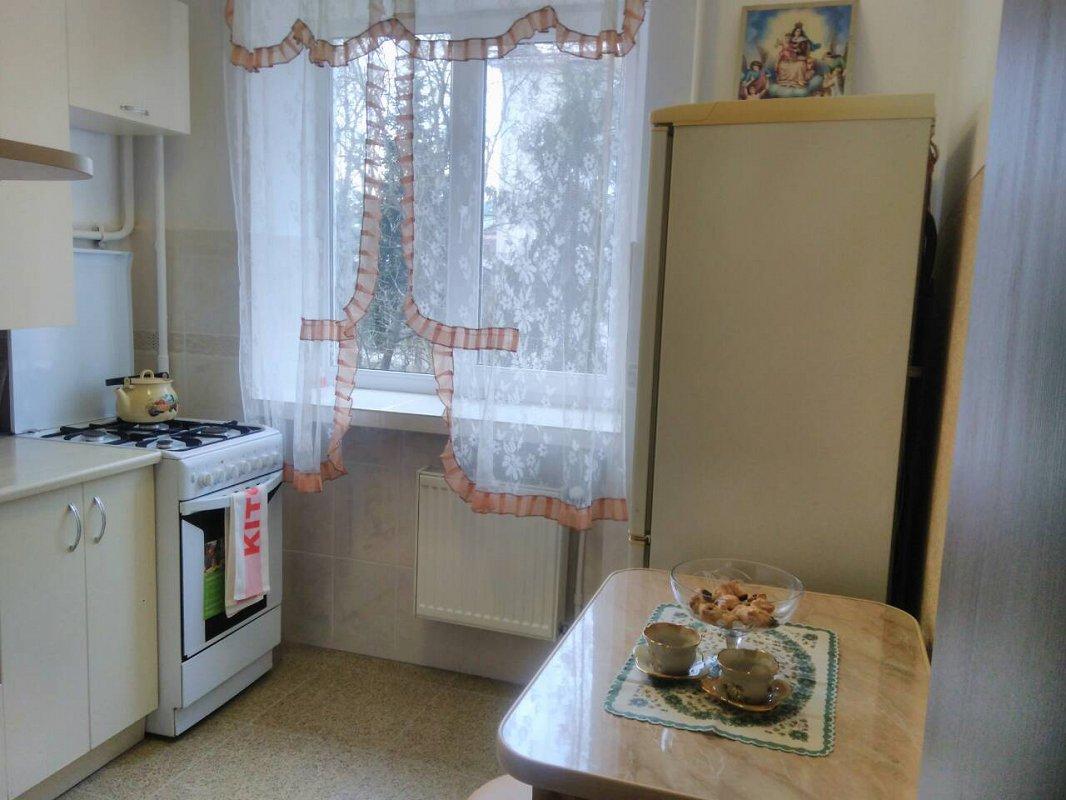 3-комнатная квартира посуточно, Моршин, ул. УПА, 4