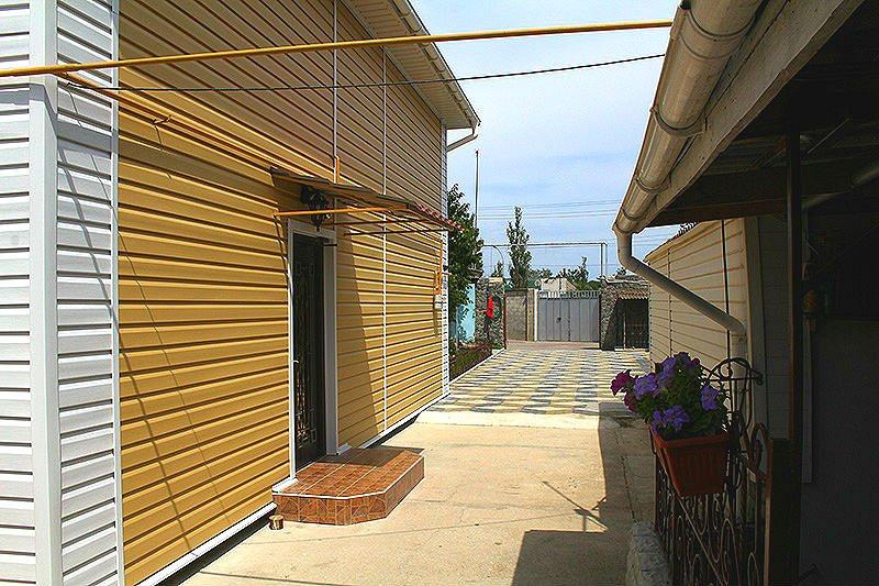 Евпатория жилье у моря дом в частном секторе Заозерное (1)
