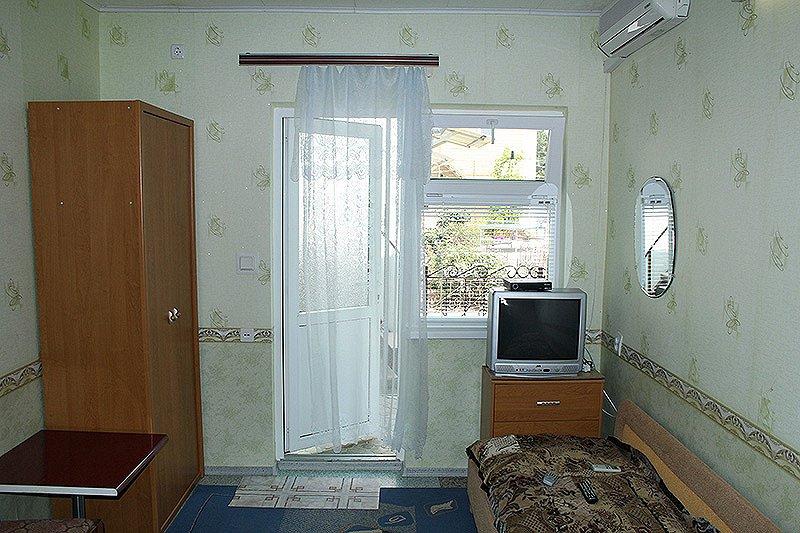 Евпатория жилье у моря дом в частном секторе Заозерное (6)